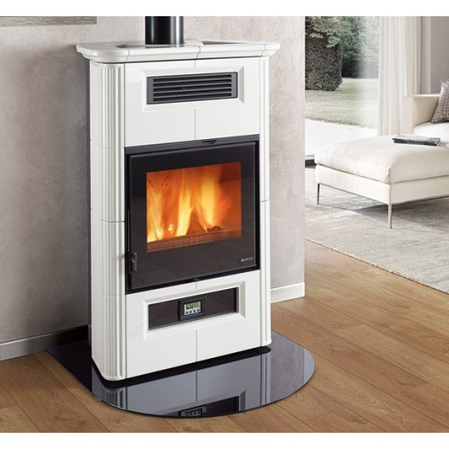 La Nordica Extraflame Holzöfen Kaminofen LA NORDICA WANDA CLASSIC EVO 8,5 kW Kanalisierter Ofen mit Keramikverkleidung 7117004